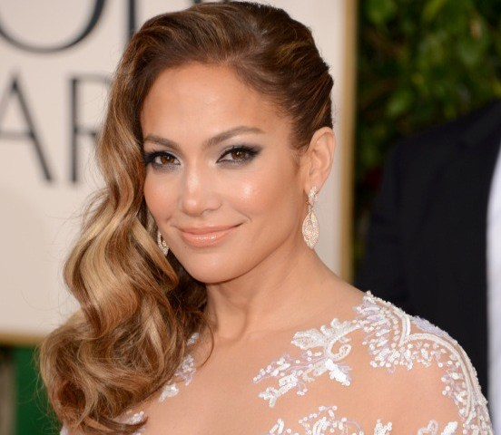 Jennifer Lopez hair golden globes
