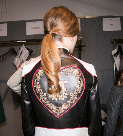 Moschino fall 2013 rtw hair