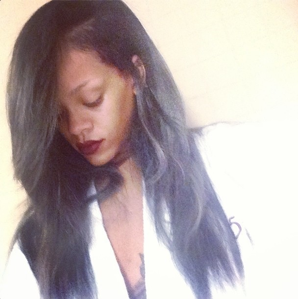 rihanna hair color 2013