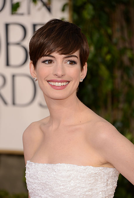 anne hathaway short hair 2013