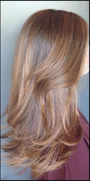 chestnut brunette