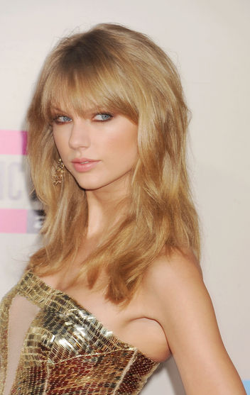 taylor swift ama hair 2013
