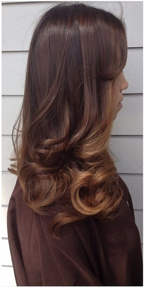 subtle brunette ombre highlights