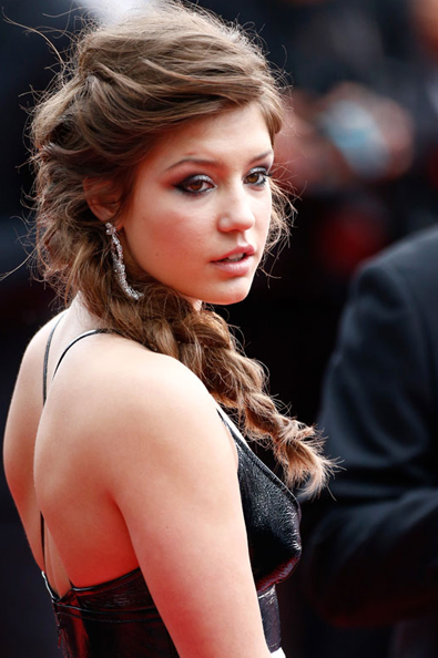 Adele Exarchopoulos side braid