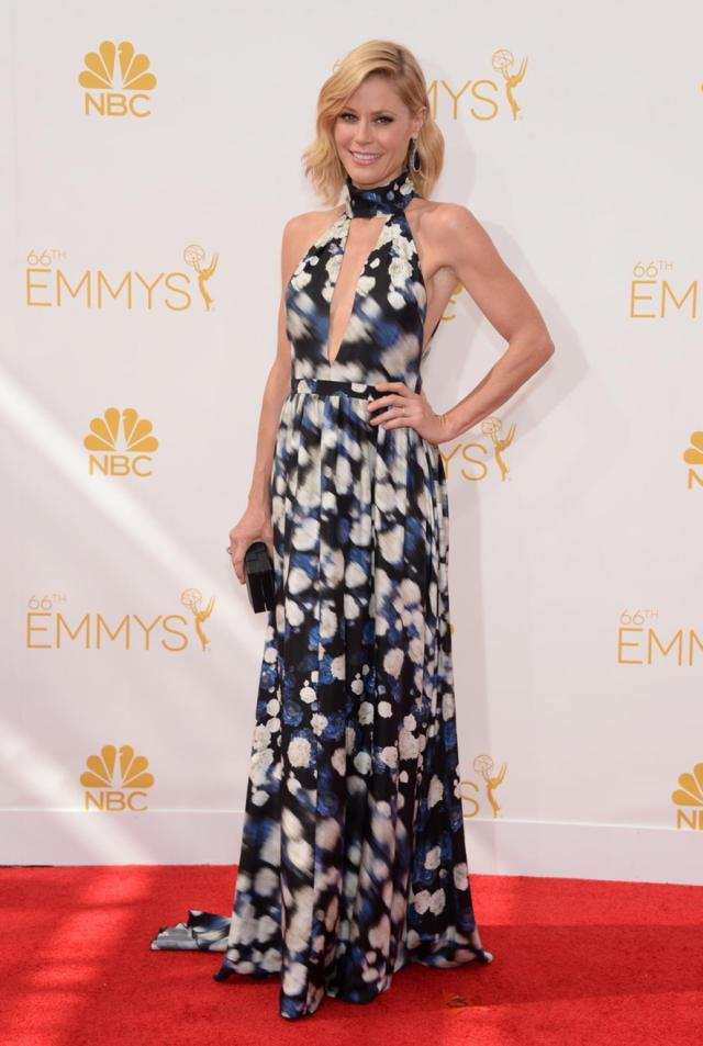julie bowen 2014 emmys red carpet