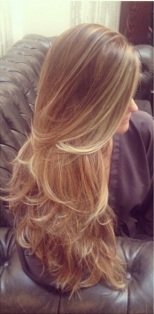 natural blonde highlights