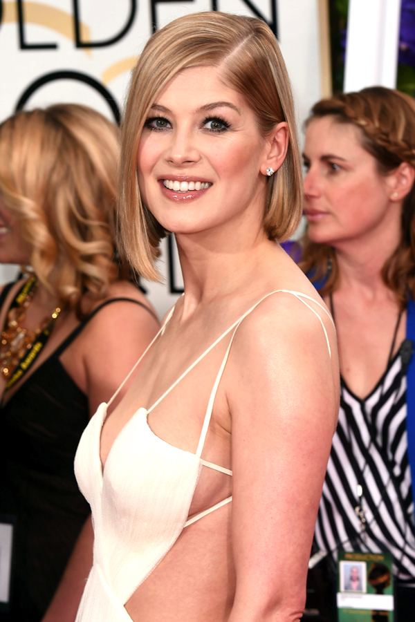 rosamund pike hair golden globes 2015