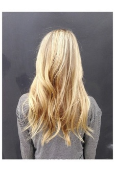 sunkissed vanilla blonde highlights