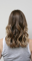 subtle ombre balayage highlights