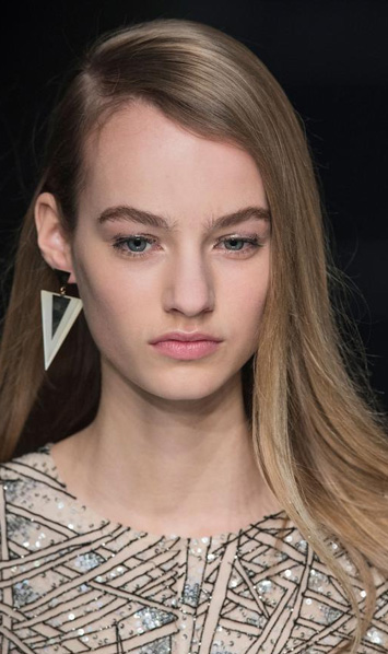 fall 2015 hairstyle trends - deep side part