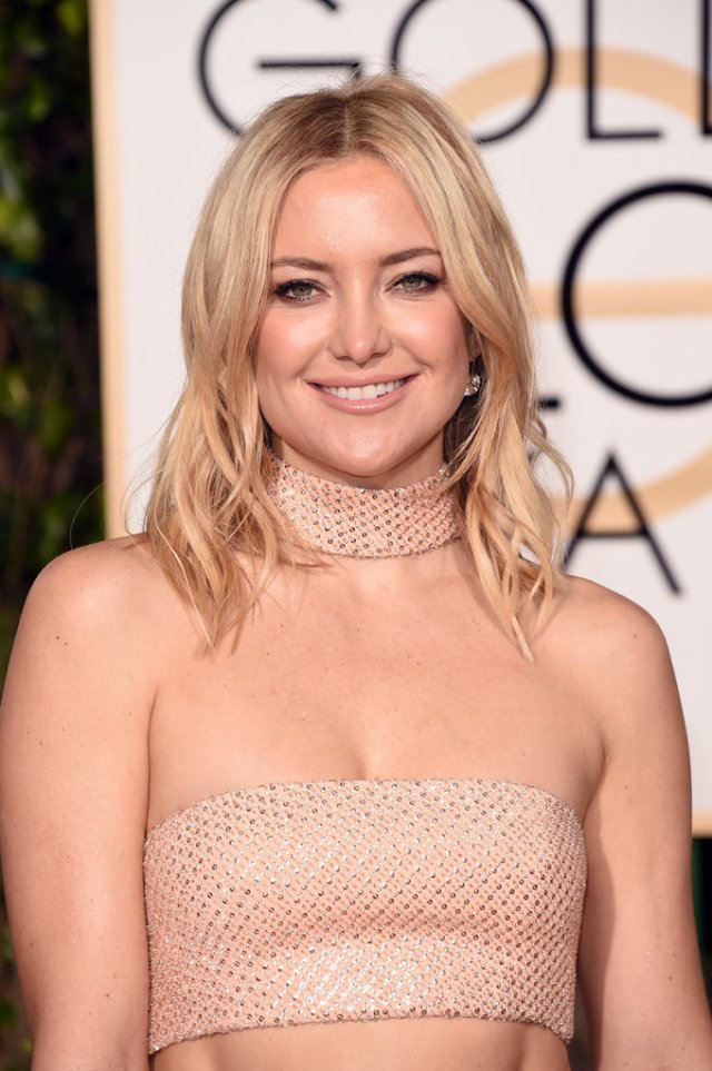kate hudson - 70s inspired chic hair - 2016 golden globes