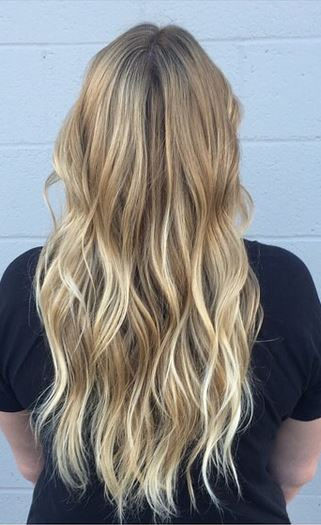 subtle blonde ombre highlights