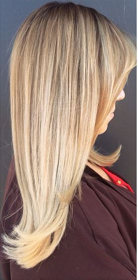 spring hair trends - buttery blonde highlights