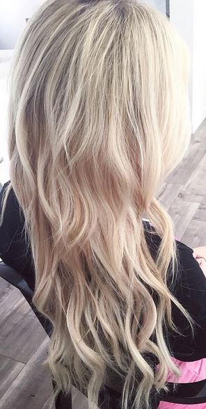 beautiful blonde hair color and extensions