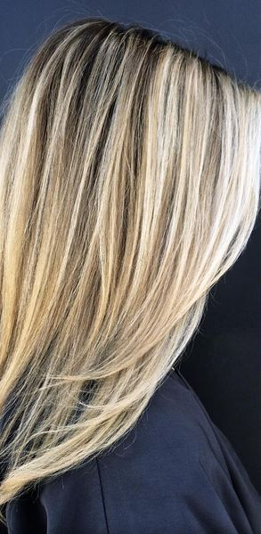 bright and butter blonde summer highlights