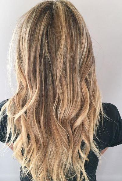 fall blonde hair color idea