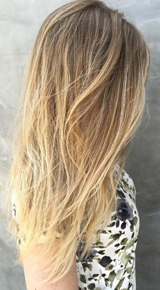 subtle and soft blonde babylights