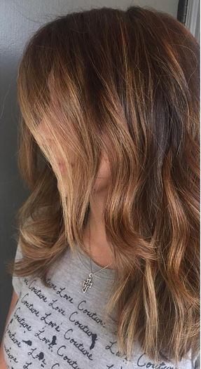 honey-toned-brunette-highlights
